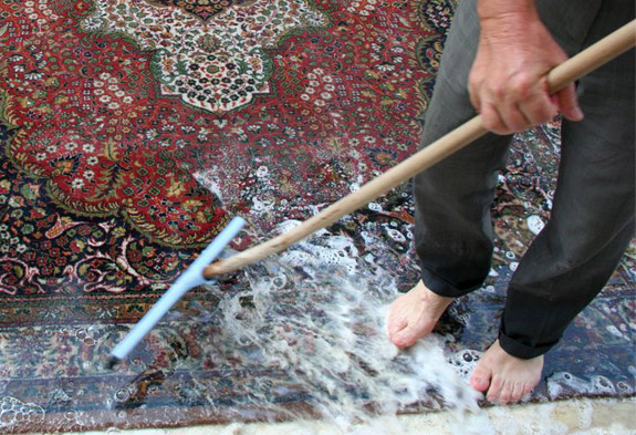 When To Call A Rug Cleaning Professional